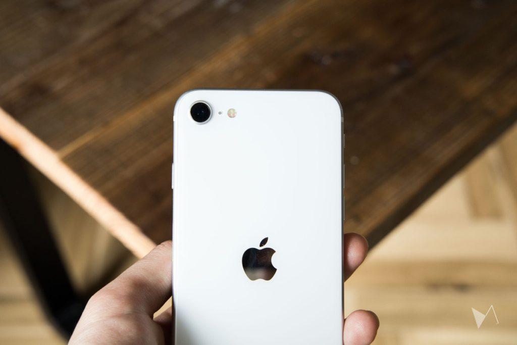 iPhone SE レビュー
