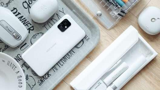 ASUS Zenfone 8 レビュー:ワガママを叶えるスマートフォン【PR】